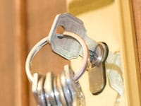 door keys Munno Para Downs
